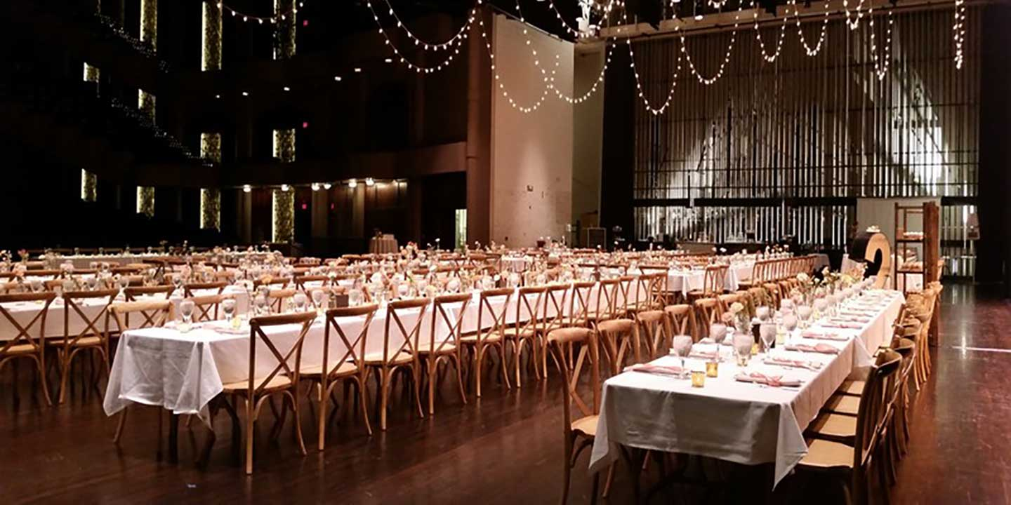 Wedding table in Washington Pavilion